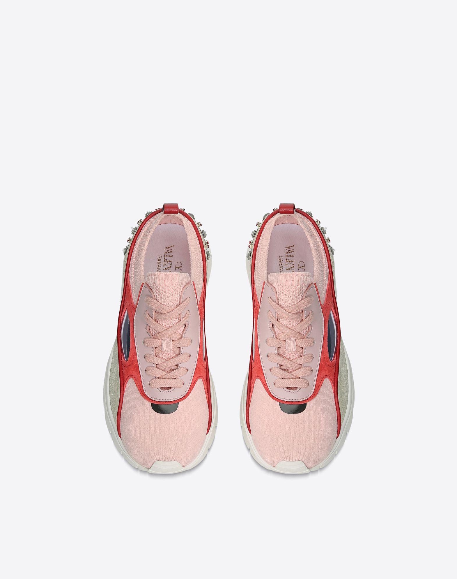 VALENTINO Sneakers bajas con bordado LOW-TOP SNEAKERS D e