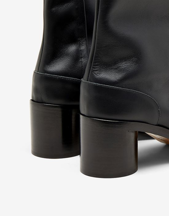 MAISON MARGIELA Painted calfskin Tabi boots Tabi boots [*** pickupInStoreShippingNotGuaranteed_info ***] e