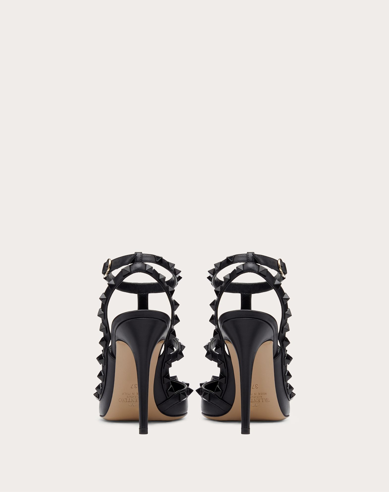 VALENTINO GARAVANI Rockstud Court HIGH HEEL PUMPS D d