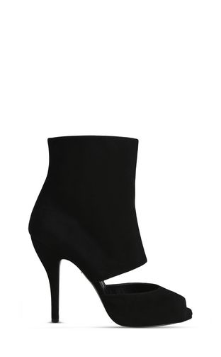 High ankle boot with cut-out detail