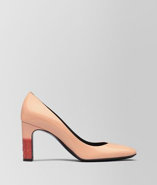 ISABELLA PUMPS AUS KALBSLACKLEDER IN PEACH ROSE