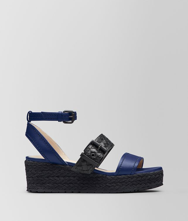 BOTTEGA VENETA ATLANTIC/NERO NAPPA ESPADRILLE WEDGE Espadrilles [*** pickupInStoreShipping_info ***] fp