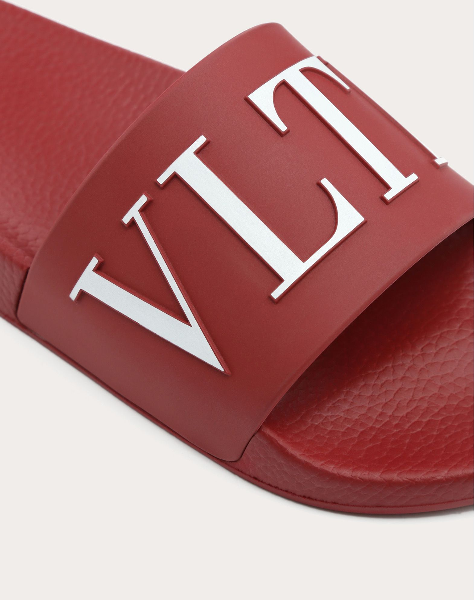 VALENTINO Solid colour Rubber sole Visible logo  Round toeline  11491039nb