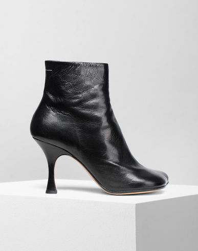 MM6 MAISON MARGIELA Ankle Boots Damen Ankle Boots aus Leder mit breiter werdendem Absatz f