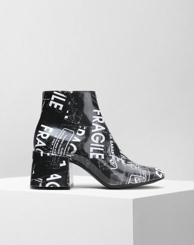 MM6 MAISON MARGIELA Ankle boots Woman Fragile' print ankle boots f