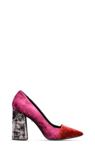Velvet-look court shoe