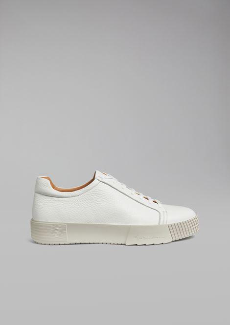Sneakers en cuir de cerf avec talon logotypé