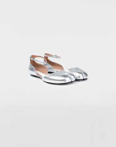 SHOES Silver Tabi ballet flats