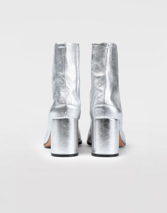 MAISON MARGIELA Silver Tabi boots Tabi boots [*** pickupInStoreShipping_info ***] e