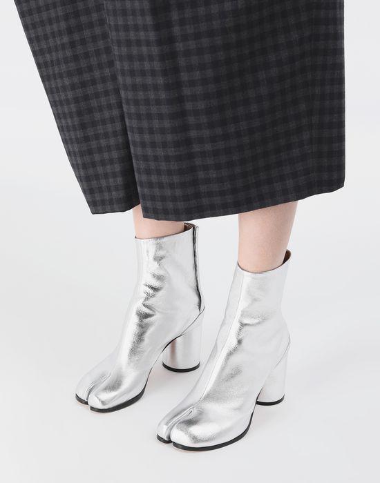 MAISON MARGIELA Silver Tabi boots Tabi boots [*** pickupInStoreShipping_info ***] r