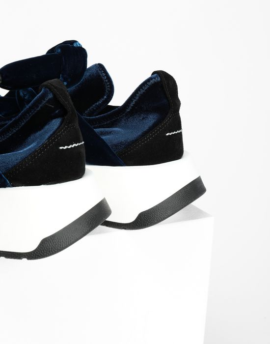 MM6 MAISON MARGIELA Bow tied sandals Sneakers [*** pickupInStoreShipping_info ***] a