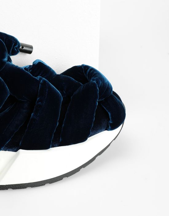 MM6 MAISON MARGIELA Bow tied sandals Sneakers [*** pickupInStoreShipping_info ***] e