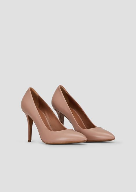 Leather court shoes with stiletto heel