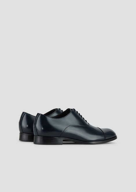 Oxford shoes in polished brushed leather