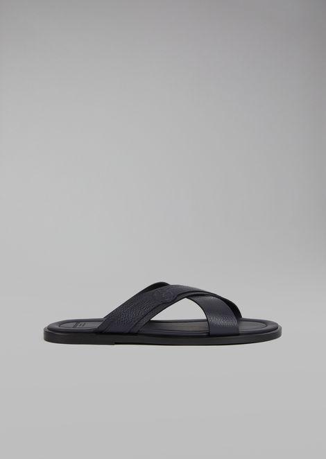 Sandalias de piel con tiras cruzadas