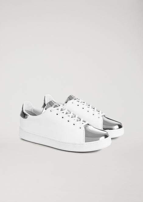Sneakers de piel auténtica con inserción laminada espejada