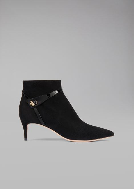 Half boot in suede leather with patent tuxedo detail