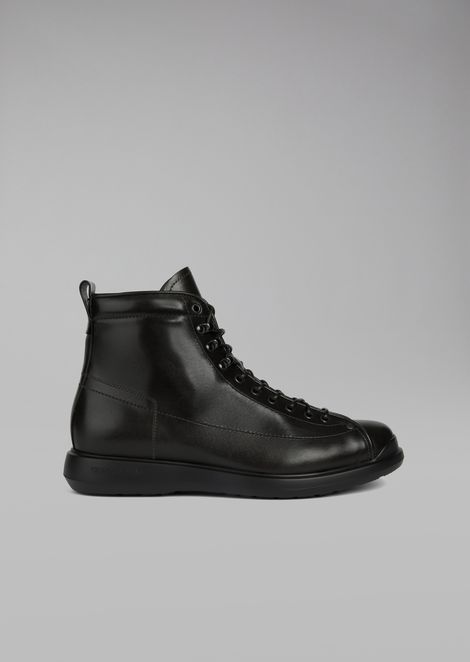 Milord leather boot with pull tab and eyelets