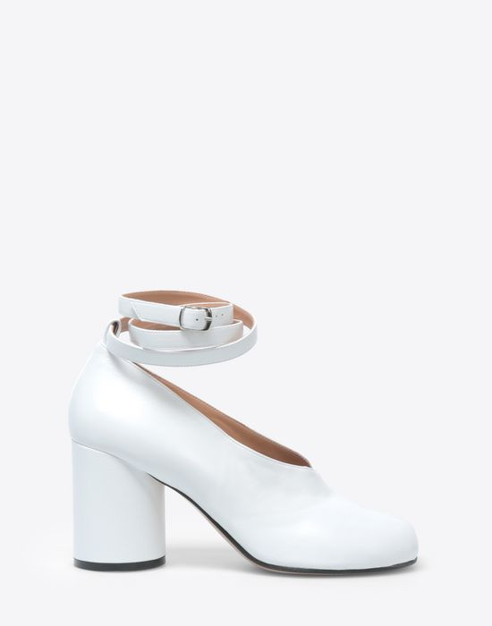 MAISON MARGIELA Ankle strap Tabi sandals Closed-toe slip-ons [*** pickupInStoreShipping_info ***] f