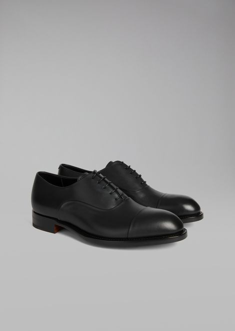 Smooth leather Oxford shoe with decorative stitching