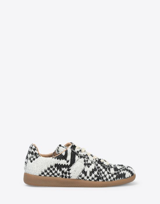 MAISON MARGIELA Printed low-top 'Replica' sneakers Sneakers [*** pickupInStoreShippingNotGuaranteed_info ***] f