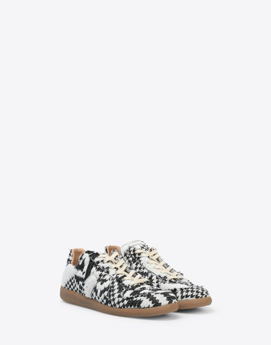 MAISON MARGIELA Printed low-top 'Replica' sneakers Sneakers [*** pickupInStoreShippingNotGuaranteed_info ***] r