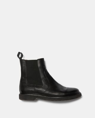 CELKEE Chelsea boots
