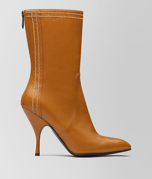 BOTTEGA VENETA ORANGE KID MOODEC CHAIN BOOT Boots and ankle boots [*** pickupInStoreShipping_info ***] fp