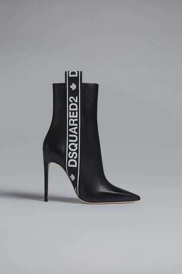 DSQUARED2 Laced Up Ankle Boots [*** pickupInStoreShipping_info ***] ABW0027046010262124 m