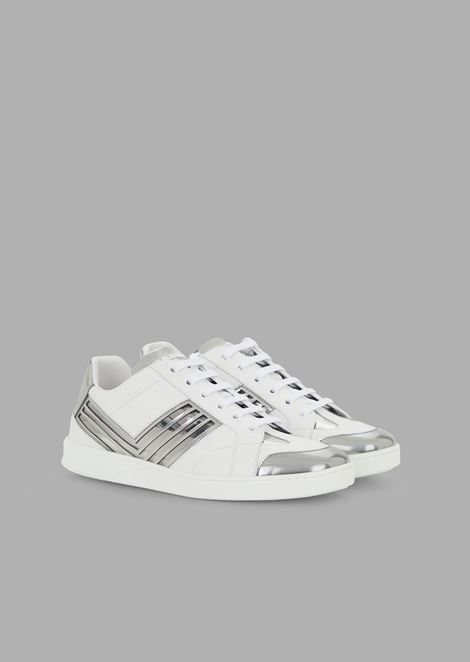 Sneakers in pelle con dettagli in plexi e metallo liquido