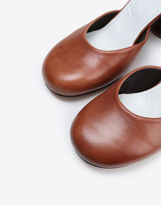 MAISON MARGIELA Scarf heels Closed-toe slip-ons [*** pickupInStoreShipping_info ***] e