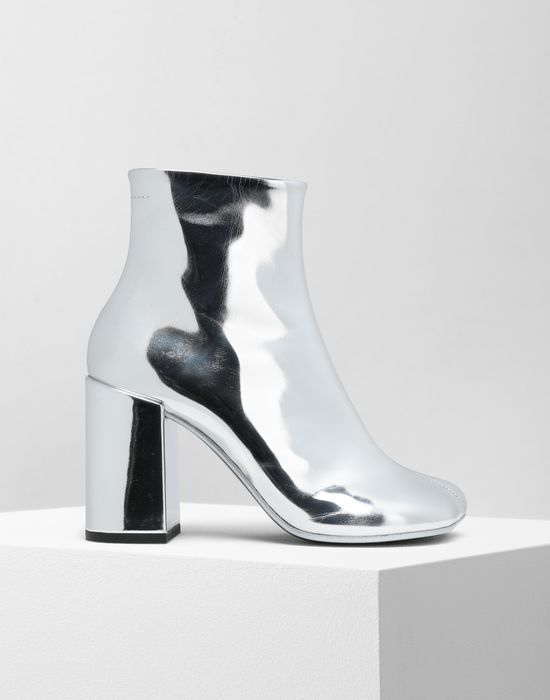 003d4bfbbdf MM6 MAISON MARGIELA Silver coated leather boots Ankle boots       pickupInStoreShipping info