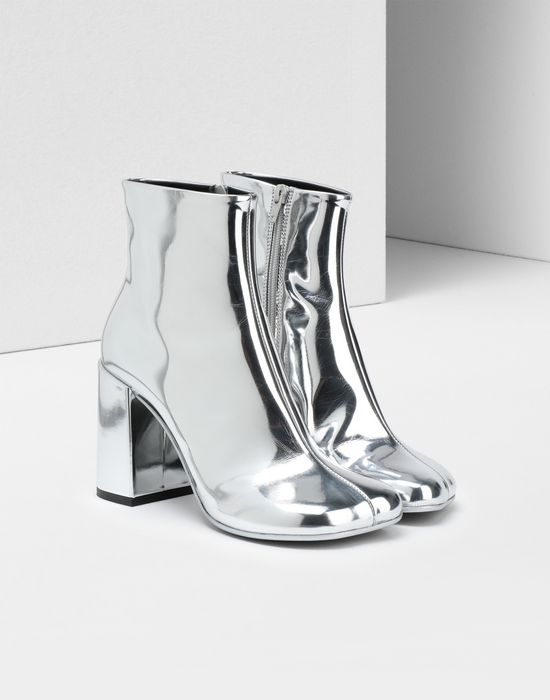 MM6 MAISON MARGIELA Silver coated leather boots Ankle boots [*** pickupInStoreShipping_info ***] r