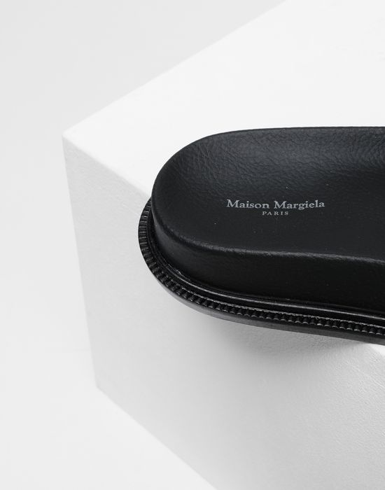 MM6 MAISON MARGIELA Calfskin sandals Sandals [*** pickupInStoreShipping_info ***] e
