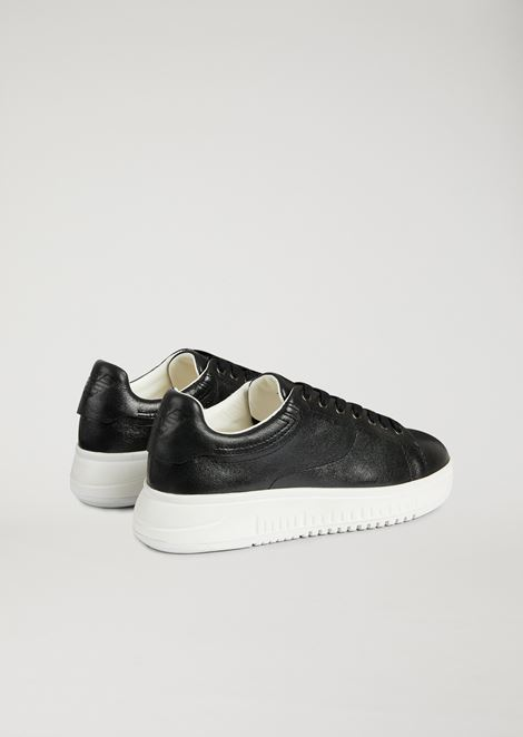 Sneakers in vinyl-effect nappa
