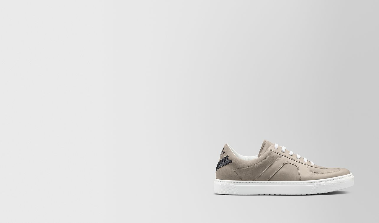 sneaker in calf leather and suede landing