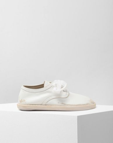 MM6 MAISON MARGIELA Laced shoes [*** pickupInStoreShipping_info ***] Fuss-bett leather sneakers f