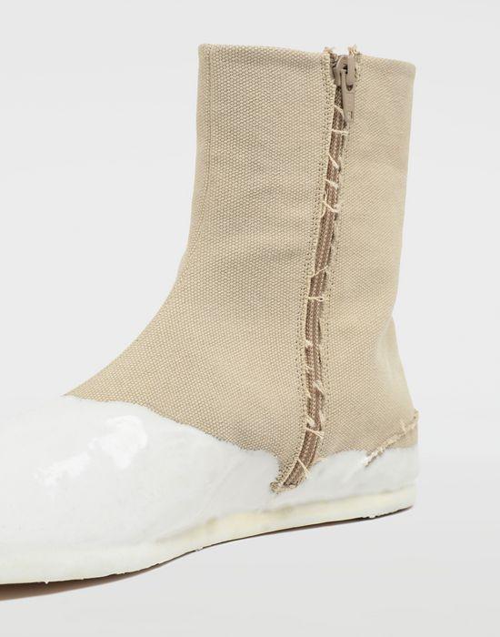 MAISON MARGIELA Tabi laminated flat ankle boots Tabi boots [*** pickupInStoreShippingNotGuaranteed_info ***] e