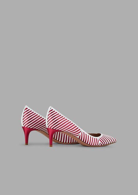 Туфли-лодочки сосновой из атласа ишевронным узором из кожи