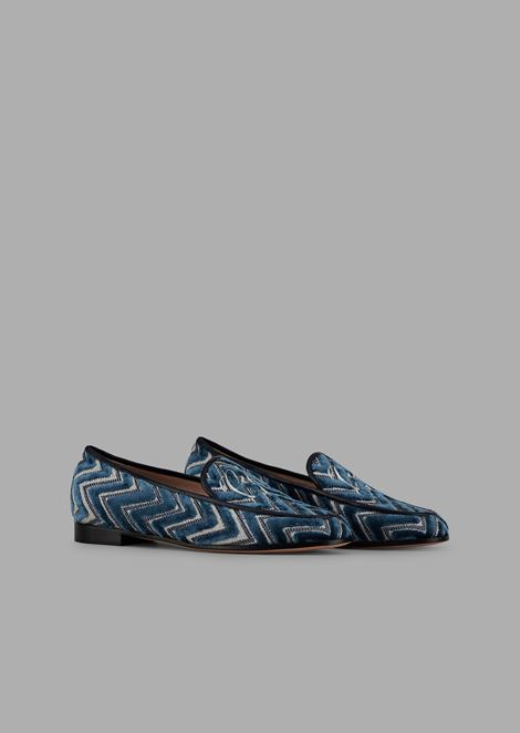 Moccasins in chevron velvet with embroidered logo