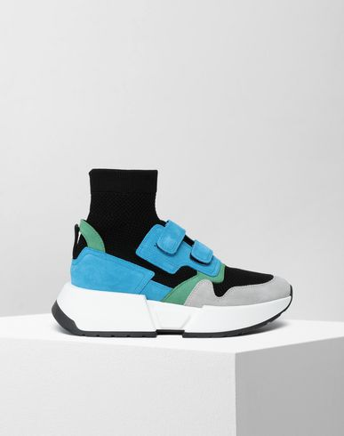 Sock runner leather sneakers