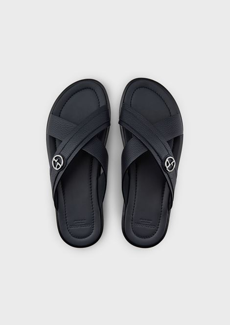 Flip-flops with interwoven straps in leather