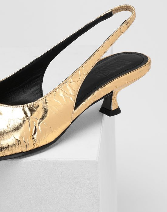 MM6 MAISON MARGIELA Crinkled leather slingback pumps Closed-toe slip-ons [*** pickupInStoreShipping_info ***] a