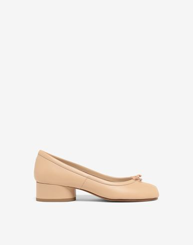 Tabi leather ballerina pumps