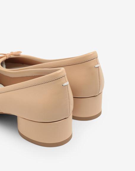 MAISON MARGIELA Кожаные балетки Tabi на каблуках Балетки Для Женщин a