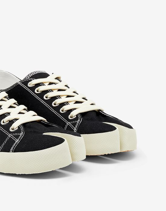 MAISON MARGIELA Tabi low top sneakers Sneakers [*** pickupInStoreShippingNotGuaranteed_info ***] a
