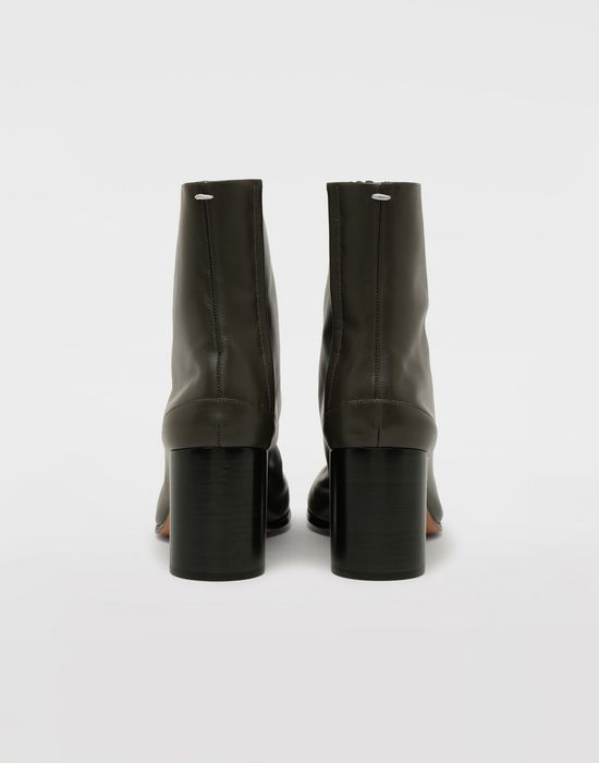 MAISON MARGIELA Bottes « Tabi » en cuir de veau Bottines [*** pickupInStoreShipping_info ***] d