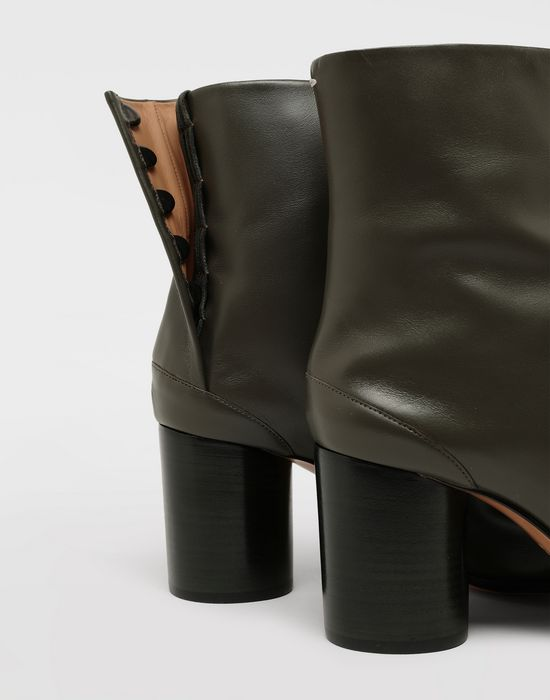 MAISON MARGIELA Bottes « Tabi » en cuir de veau Bottines [*** pickupInStoreShipping_info ***] e