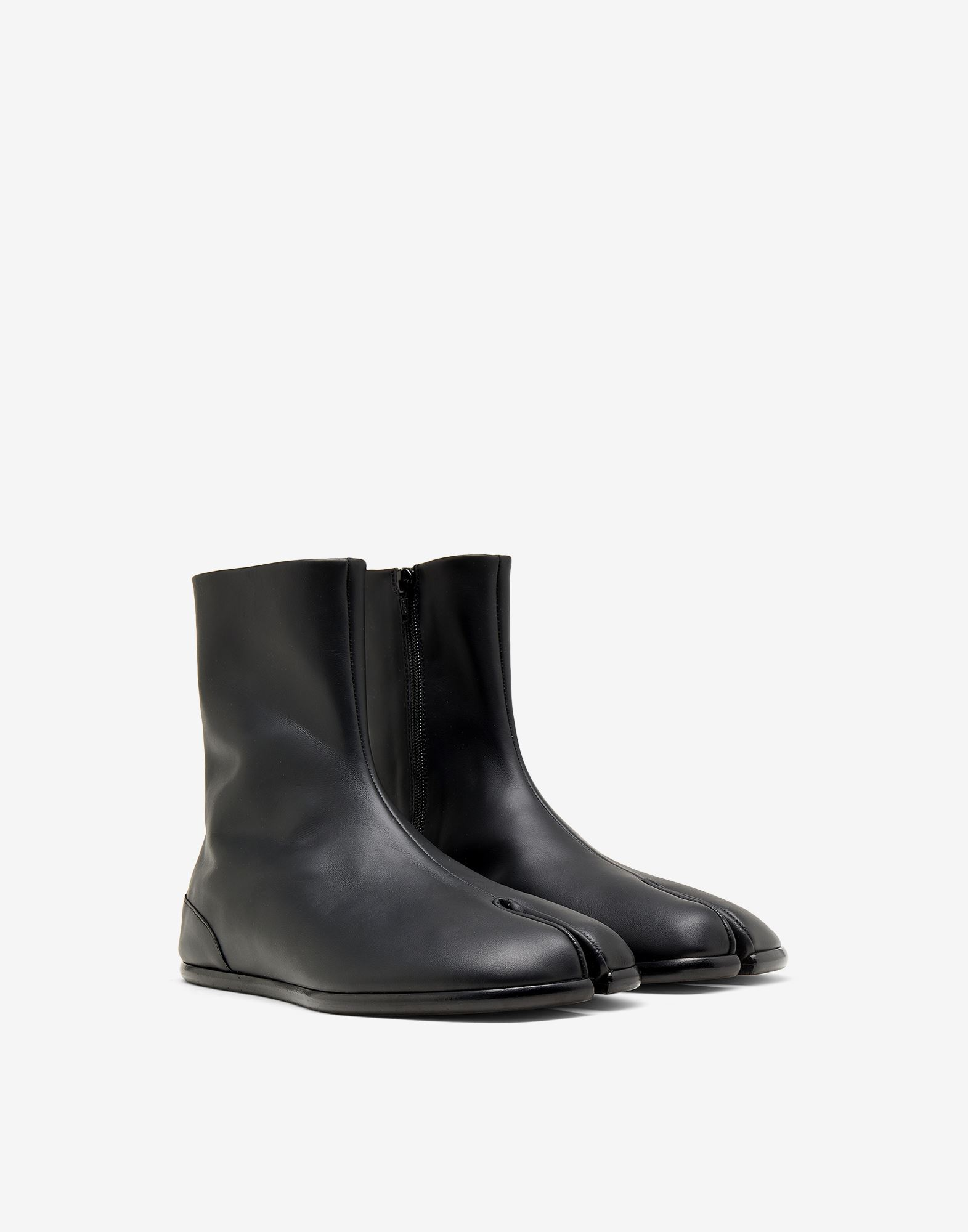 MAISON MARGIELA Tabi flat ankle boots Ankle boots Man r