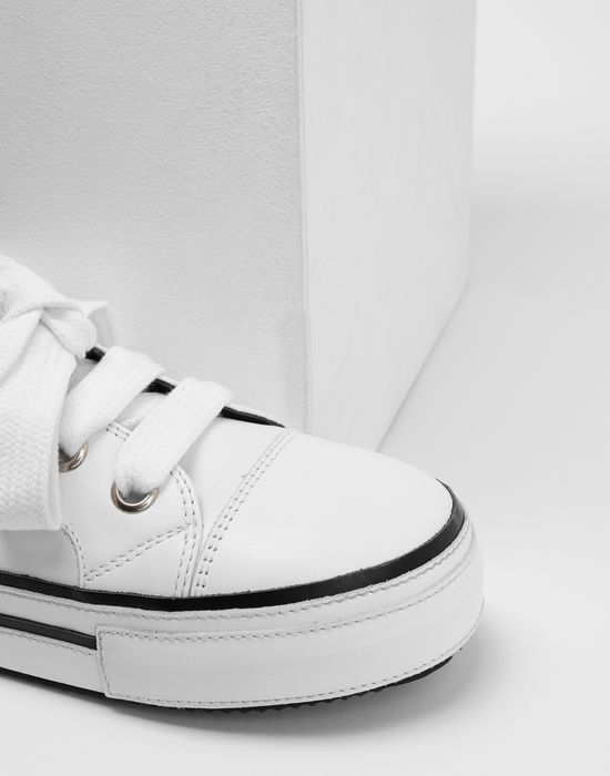 MM6 MAISON MARGIELA Keyring leather sneakers Sneakers [*** pickupInStoreShipping_info ***] a